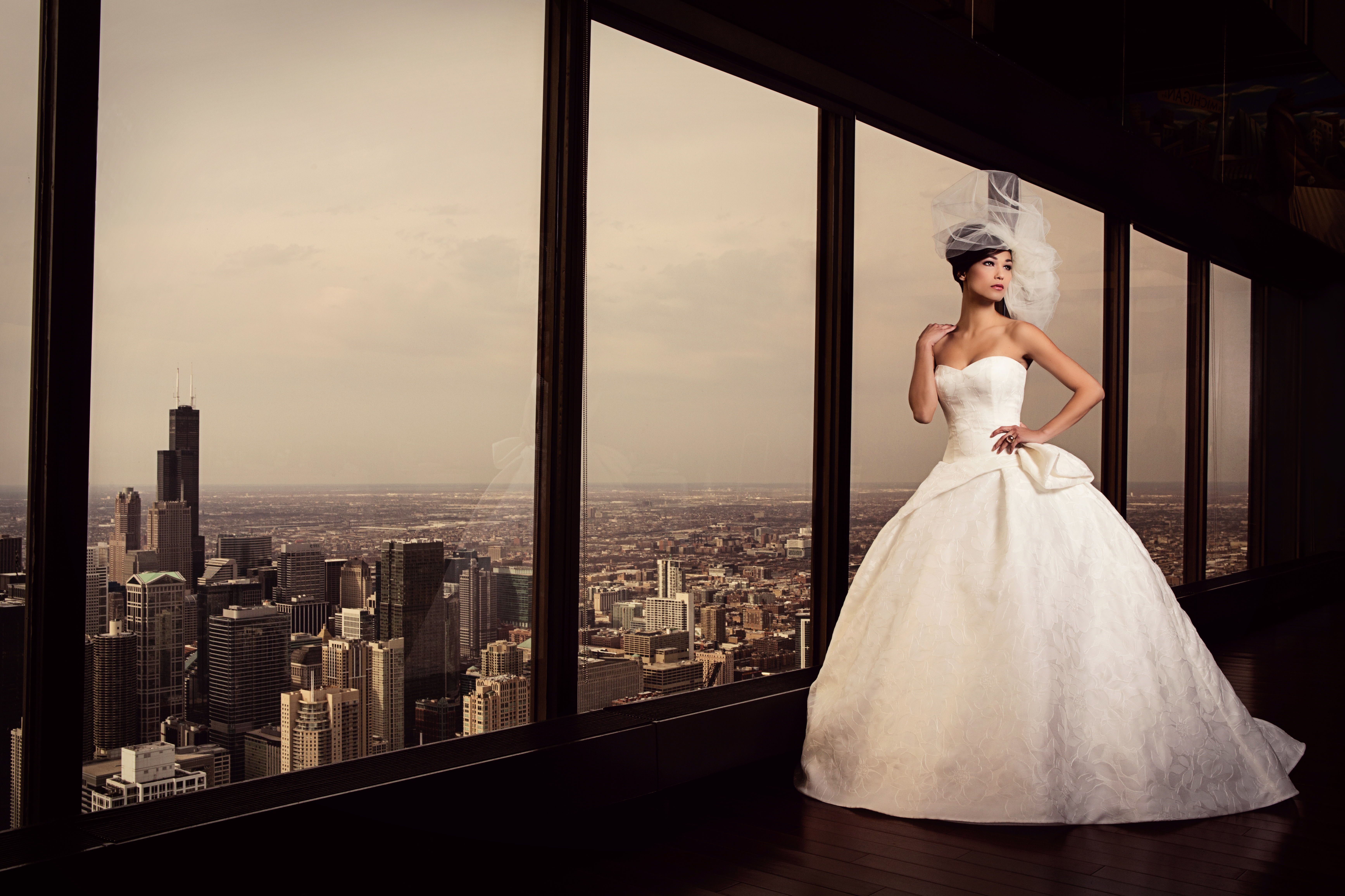 Georgeous Bridal s on the th Floor of the Signature Room I