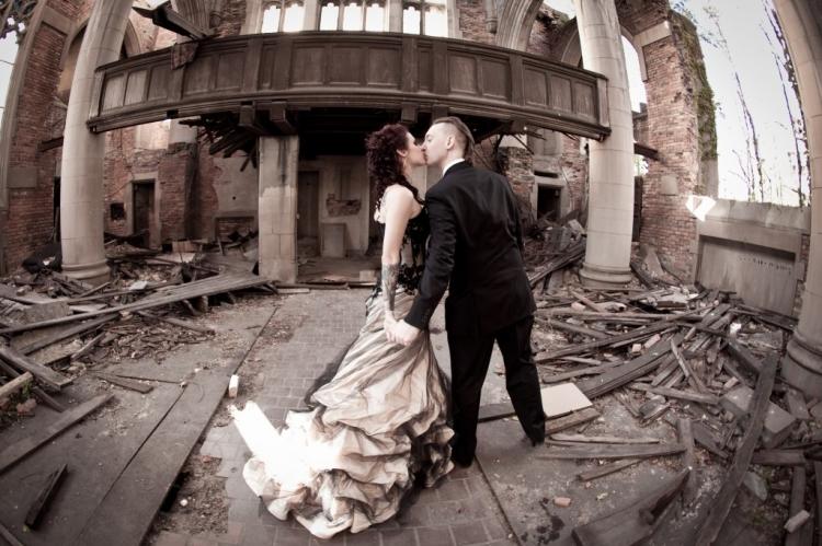gary indiana abandoned church trash the dress photo